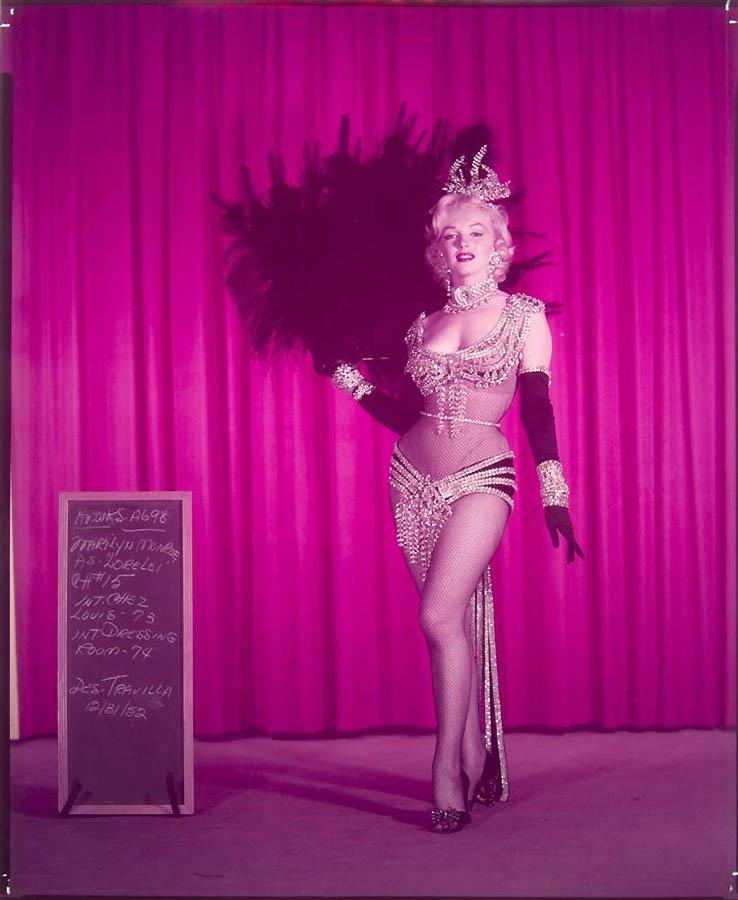 2201 Неопубликованные ранее фотографии Мэрилин Монро выставлены на аукционе