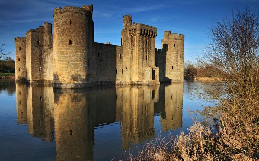 2204 Прекрасные замки Британии