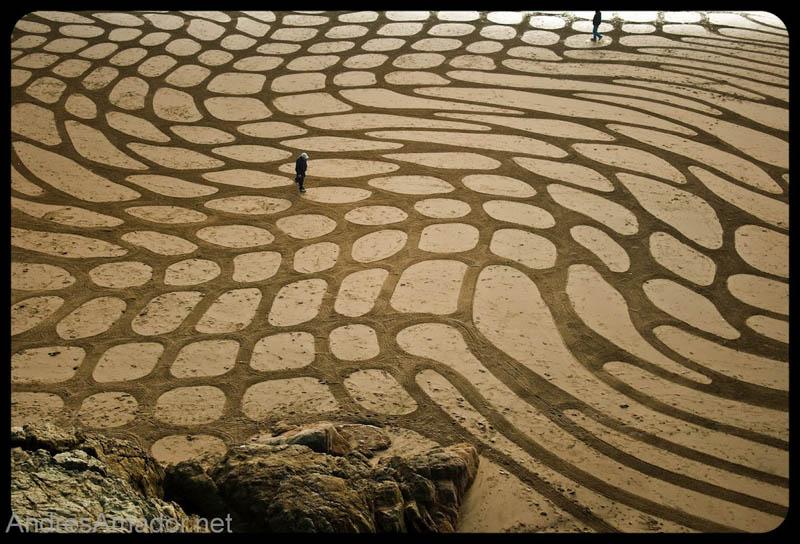 22103 Шедевры из песка Андреса Амадора