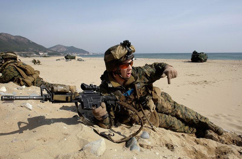 22115 Совместные учения южнокорейских и американских морпехов