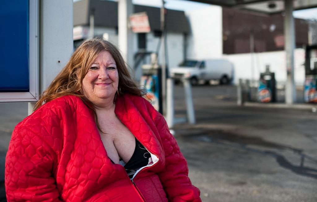 2225 Истории наркозависимых в южном Бронксе (Часть 1)