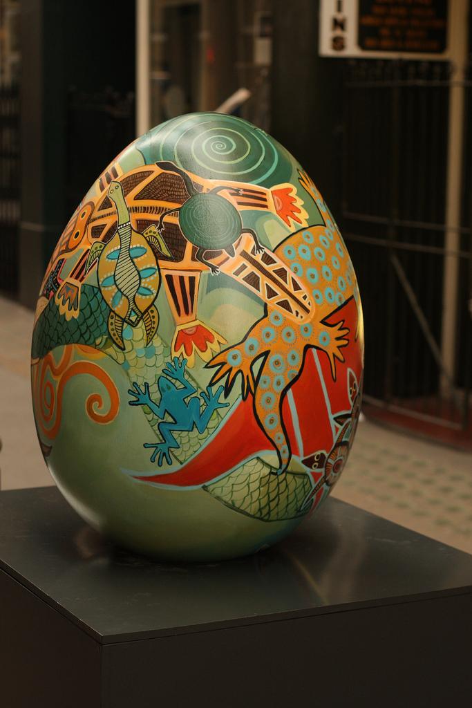 2227 Большая пасхальная охота за расписными яйцами в Лондоне