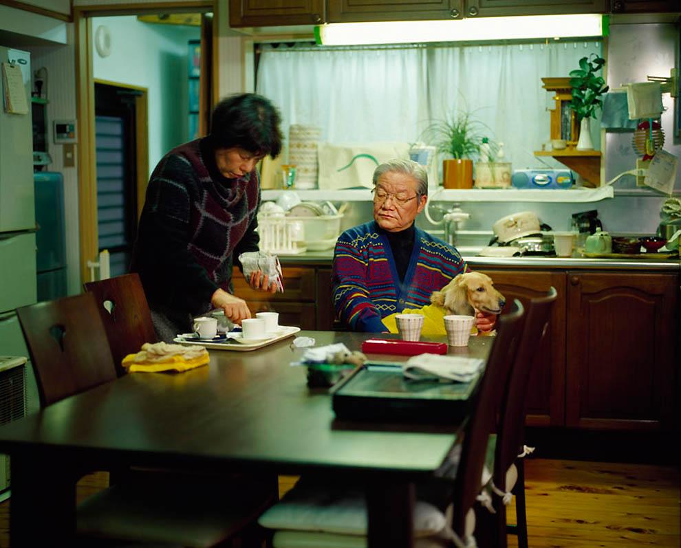 2241 Жизнь современных японцев в фотопроекте «Куда мы отсюда движемся?»