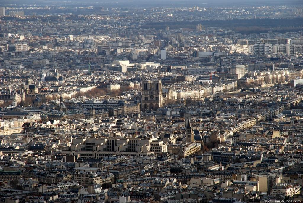 2252 Как выглядит Париж с Эйфелевой башни?