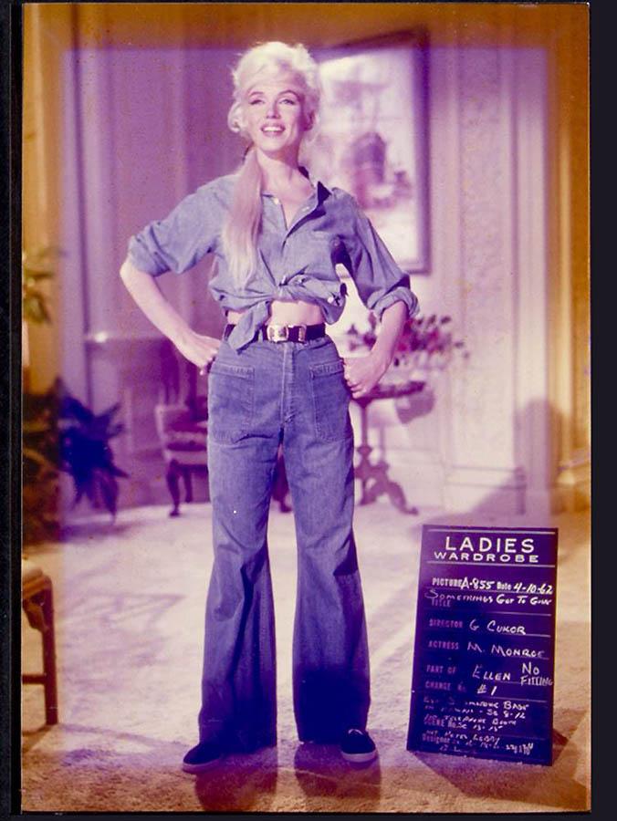 2344 Неопубликованные ранее фотографии Мэрилин Монро выставлены на аукционе