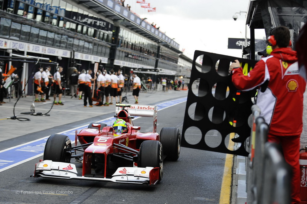 2349 За кулисами Гран При Австралии 2012: фоторепортаж
