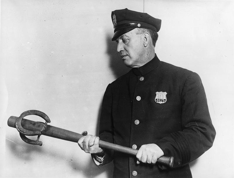 2400 Полицейские, 1890 е   1930 е.