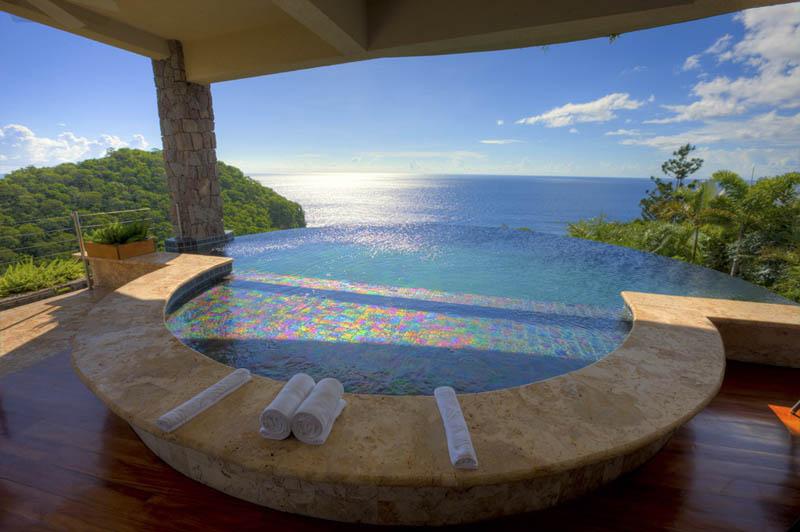 2458 Курорт Джейд Маунтин в Сент Люсии: инфинити бассейн в каждом номере