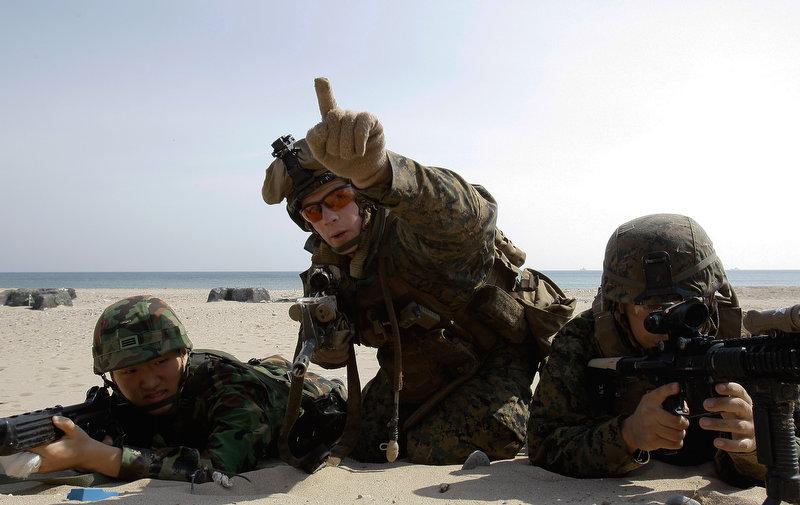2565 Совместные учения южнокорейских и американских морпехов