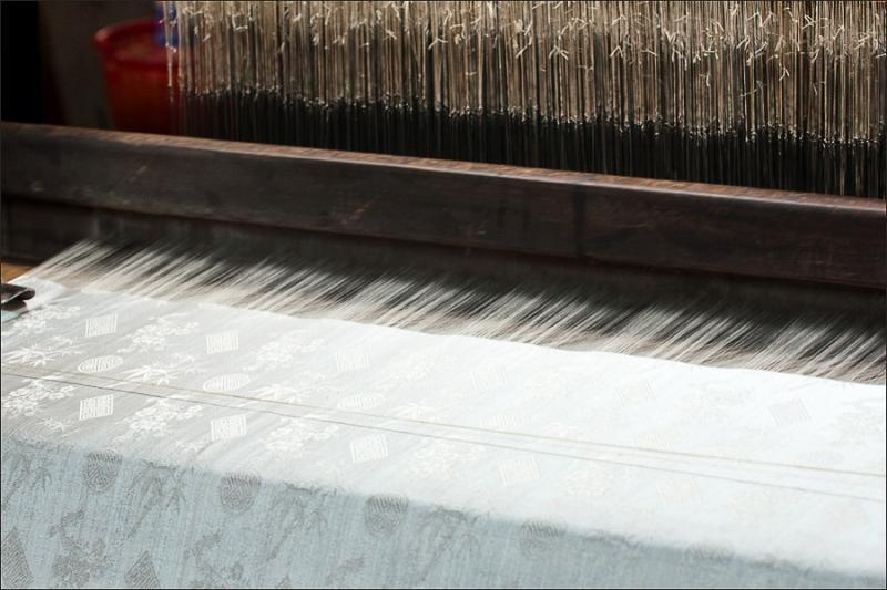 2614 Как получаются шелковые нити