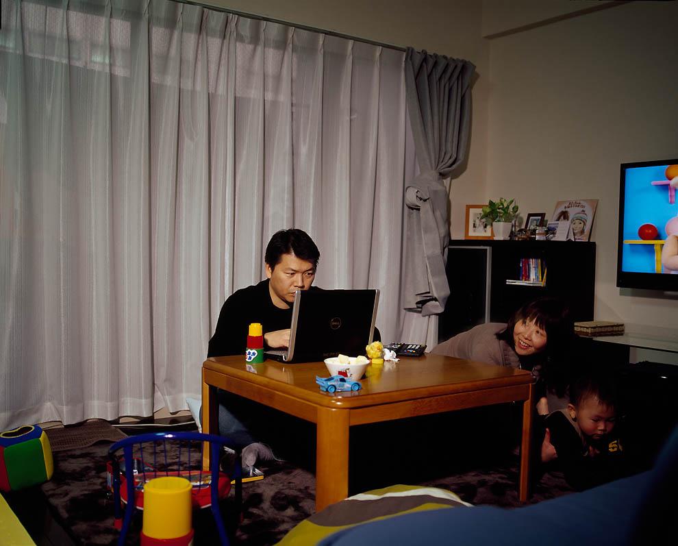 2624 Жизнь современных японцев в фотопроекте «Куда мы отсюда движемся?»