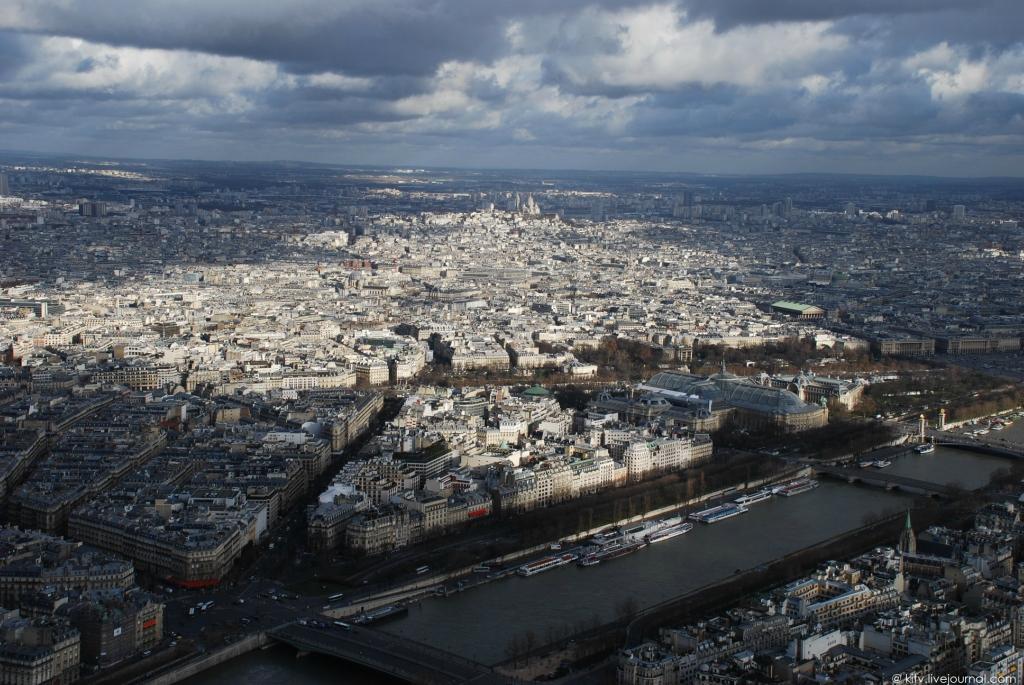 2633 Как выглядит Париж с Эйфелевой башни?