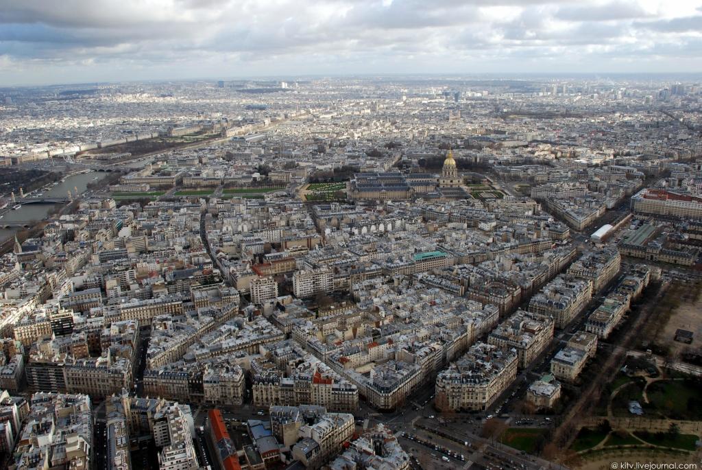2731 Как выглядит Париж с Эйфелевой башни?