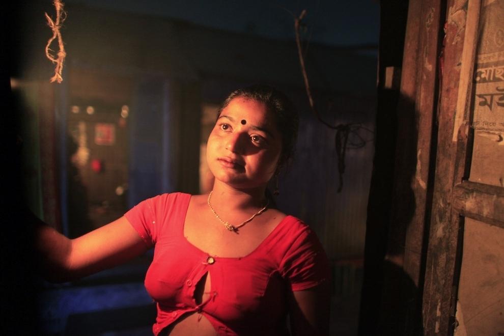 2736 Малолетние проститутки Бангладеш