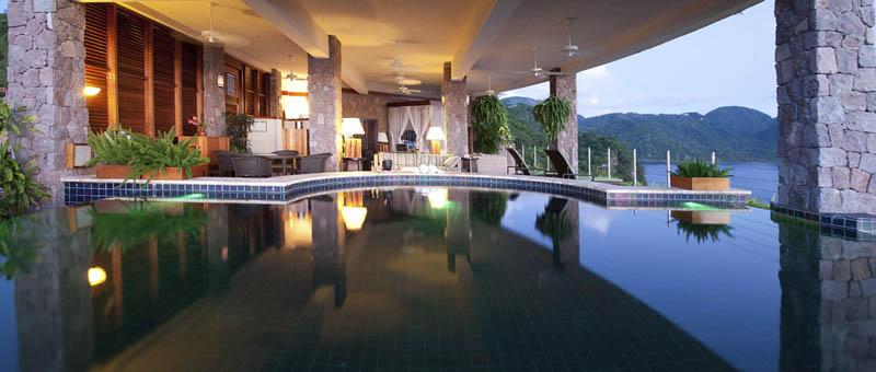 2742 Курорт Джейд Маунтин в Сент Люсии: инфинити бассейн в каждом номере