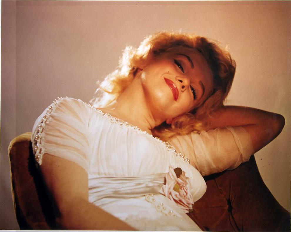 2828 Неопубликованные ранее фотографии Мэрилин Монро выставлены на аукционе