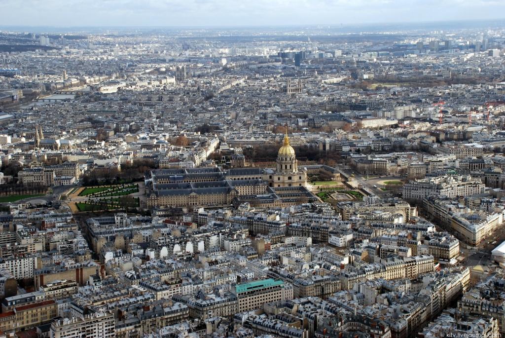 2829 Как выглядит Париж с Эйфелевой башни?