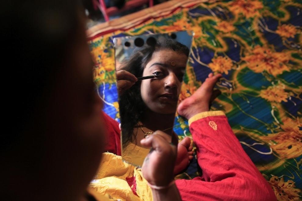 2834 Малолетние проститутки Бангладеш