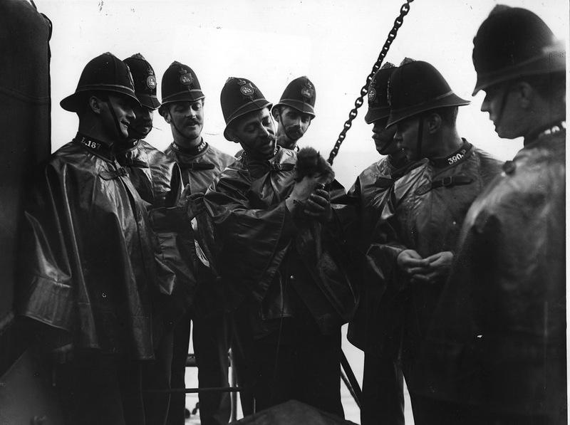 2849 Полицейские, 1890 е   1930 е.