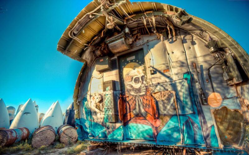3133 Проект Boneyard – уличные художники расписали граффити списанные военные самолеты