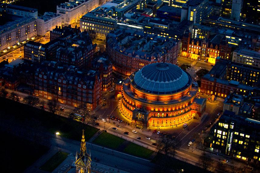 3144 Энергопотребляющий Лондон с высоты птичьего полета