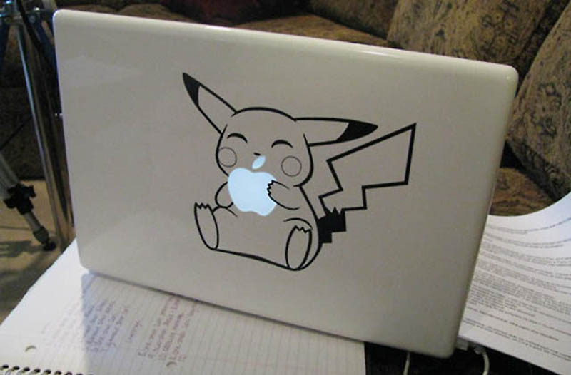 3327 50 креативных наклеек на MacBook