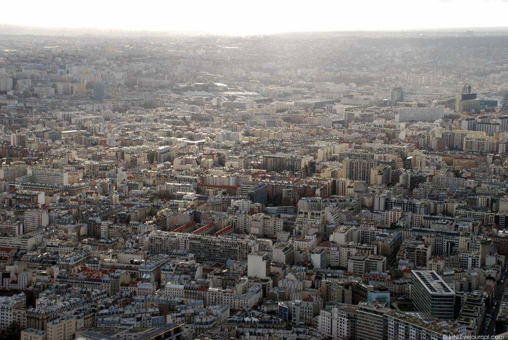 3418 Как выглядит Париж с Эйфелевой башни?