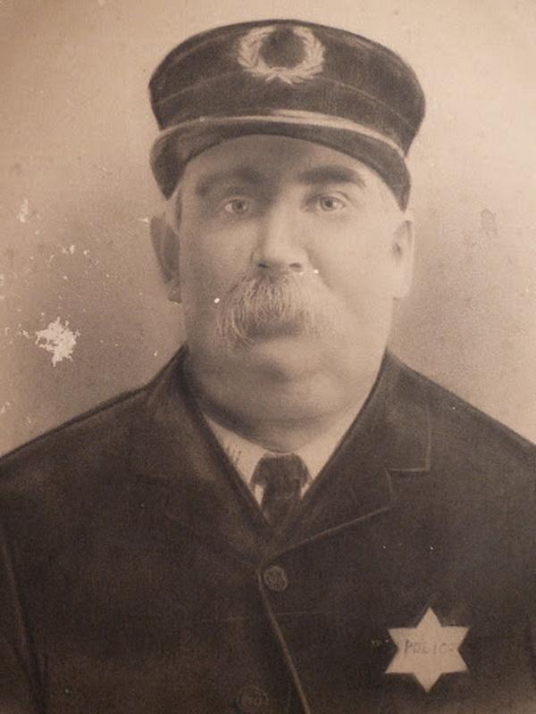 3525 Полицейские, 1890 е   1930 е.