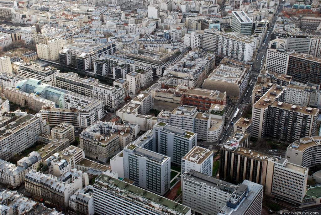 3616 Как выглядит Париж с Эйфелевой башни?