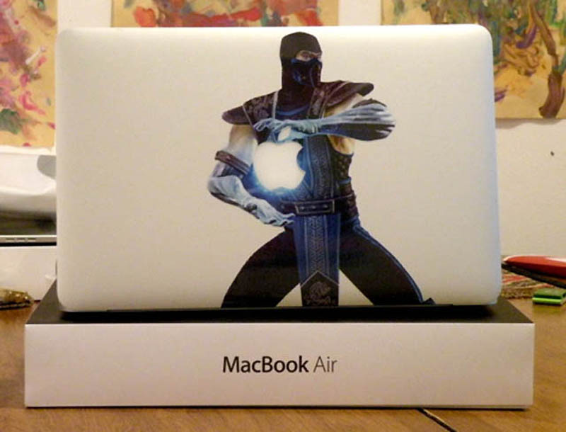 3821 50 креативных наклеек на MacBook