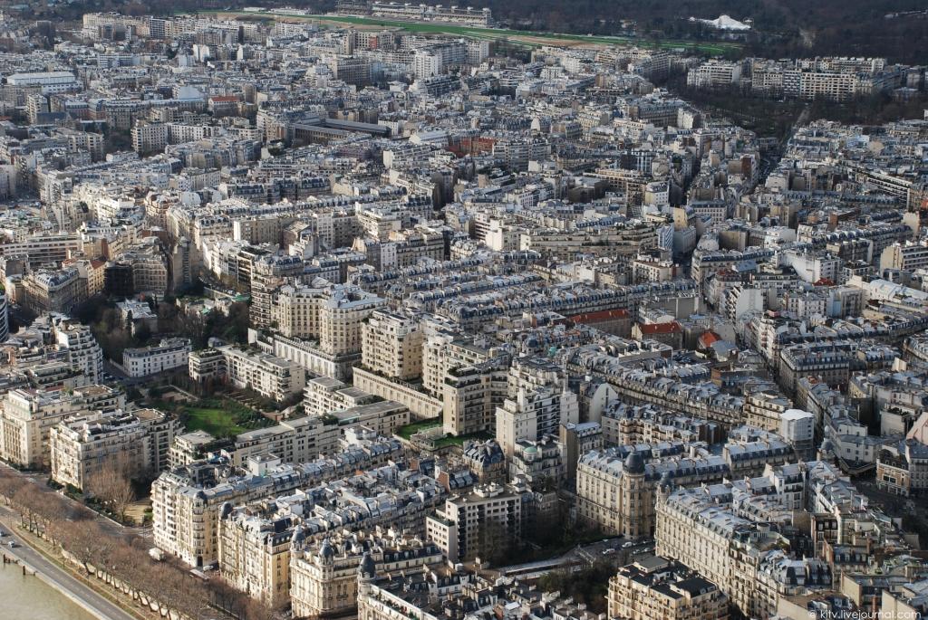 3914 Как выглядит Париж с Эйфелевой башни?