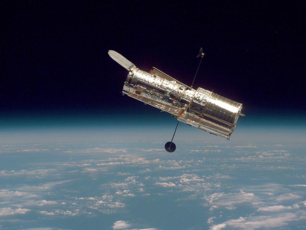 3922 Большое фотопутешествие в космос с телескопом Хаббл