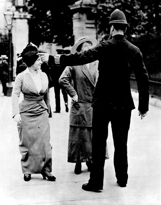 3923 Полицейские, 1890 е   1930 е.