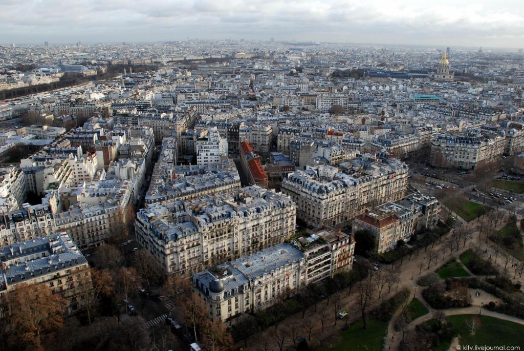 4122 Как выглядит Париж с Эйфелевой башни?