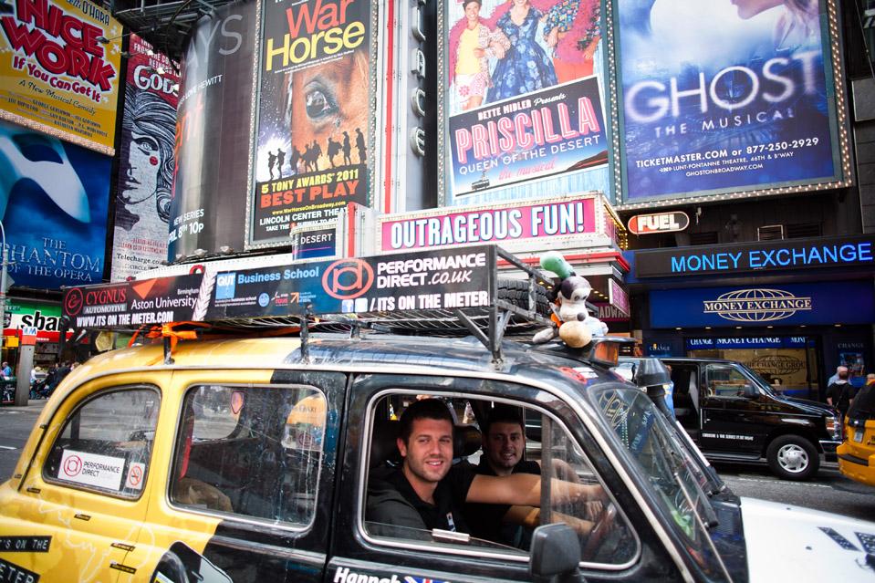 4148 Вокруг света на черном лондонском такси