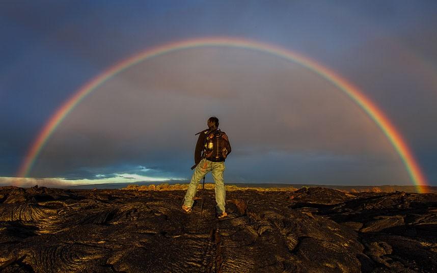4202 Любитель лавы – фотограф вопасной близости отвулкана наГавайях