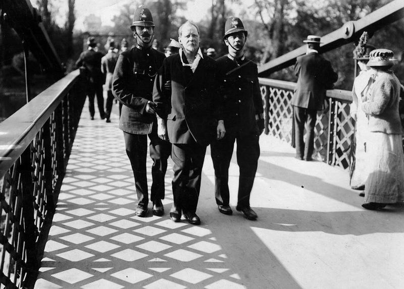 4206 Полицейские, 1890 е   1930 е.
