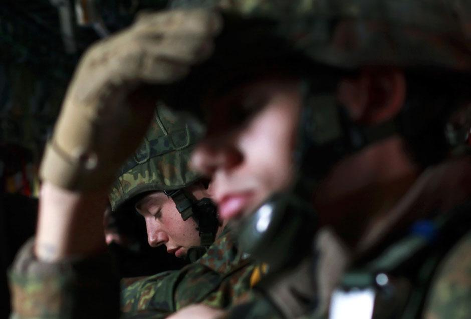 45POMFebruaryRTR2YBCS Фото REUTERS за февраль