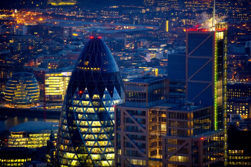 5102 Энергопотребляющий Лондон с высоты птичьего полета