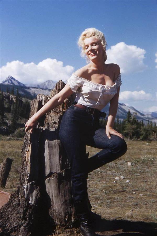 5107 Неопубликованные ранее фотографии Мэрилин Монро выставлены на аукционе