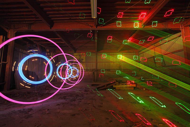 516 Шедевры светографики от Тревора Уильямса