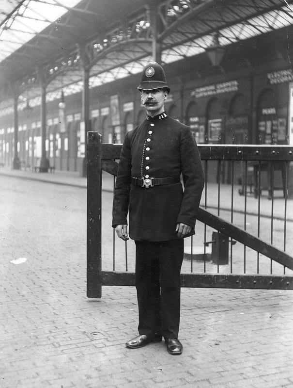 5189 Полицейские, 1890 е   1930 е.