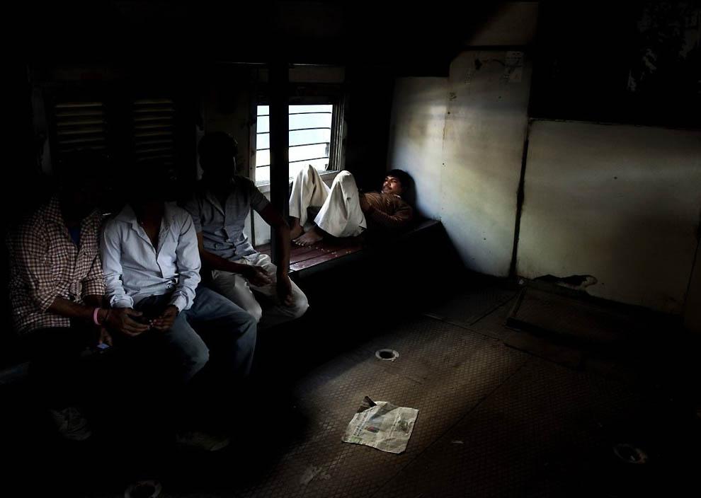 594 Индийская железная дорога   перегруженный гигант в действии