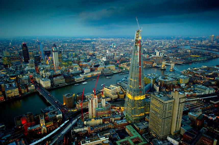 6102 Энергопотребляющий Лондон с высоты птичьего полета