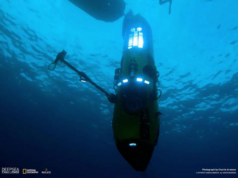 6172 Режиссер Титаника совершил одиночное погружение на дно Марианской впадины