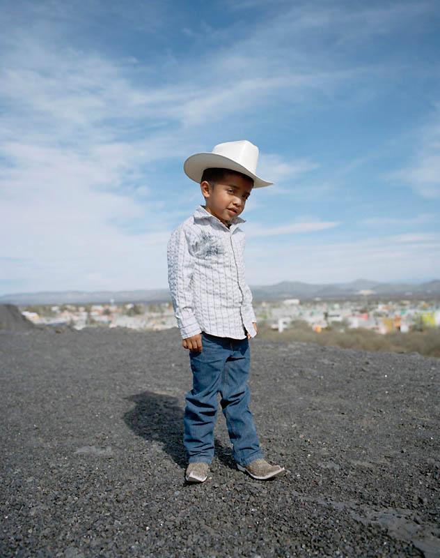 6178 Новое увлечение Мексики: остроносые туфли для танцев