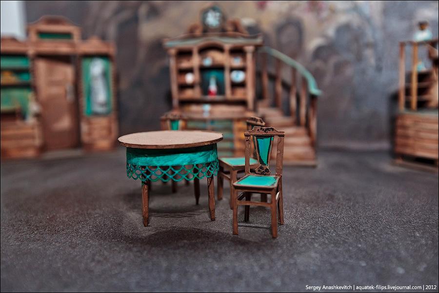 6190 Закулисье или Выставка миниатюрных театральных декораций