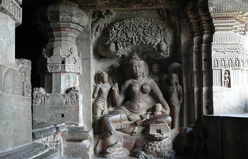 623 Эллора пещерные храмы Индии