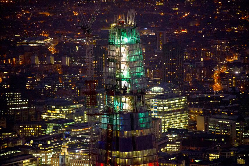 7100 Энергопотребляющий Лондон с высоты птичьего полета