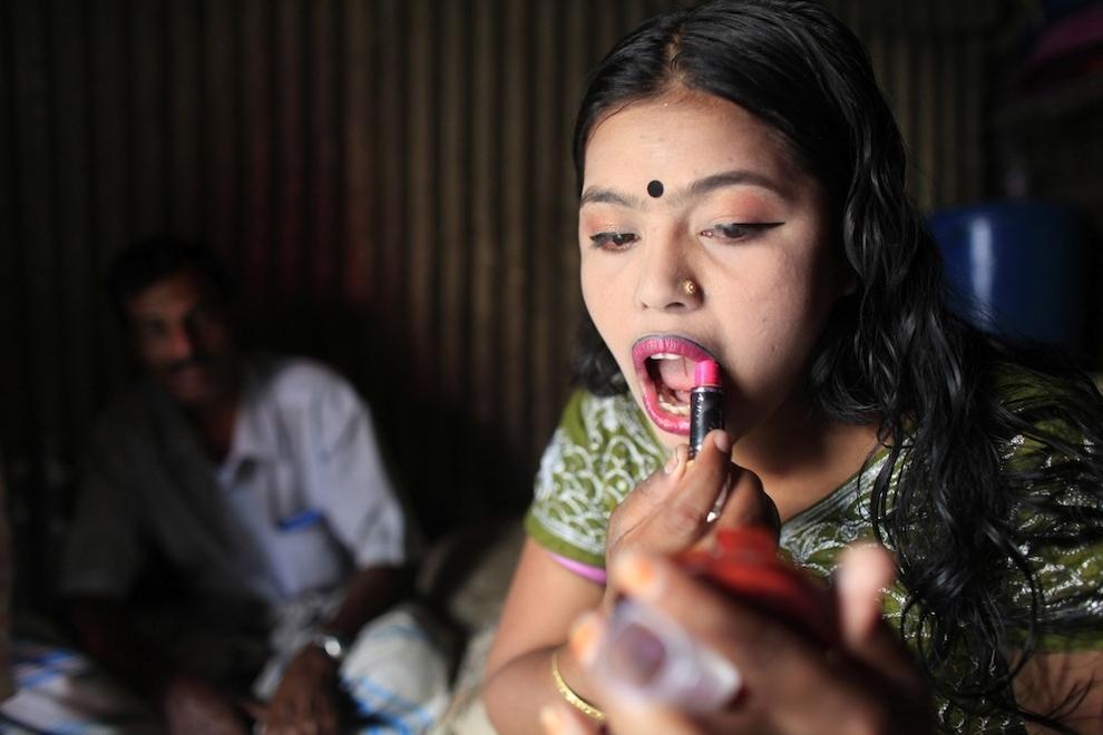 7122 Малолетние проститутки Бангладеш